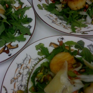 Scallops with Pomegranates and Arugula!