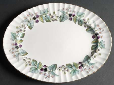 Royal_worcester_lavinia_cream_bone_oval_serving_platter_P0000087993S0036T2