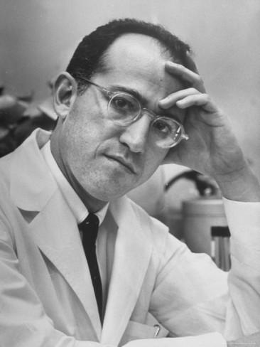 Alfred-eisenstaedt-dr-jonas-salk-inventor-of-the-new-polio-vaccine-in-serious-portrait
