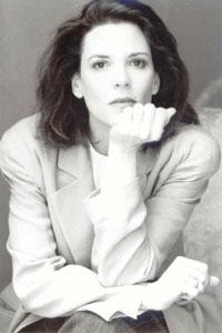 Marianne.williamson.bw