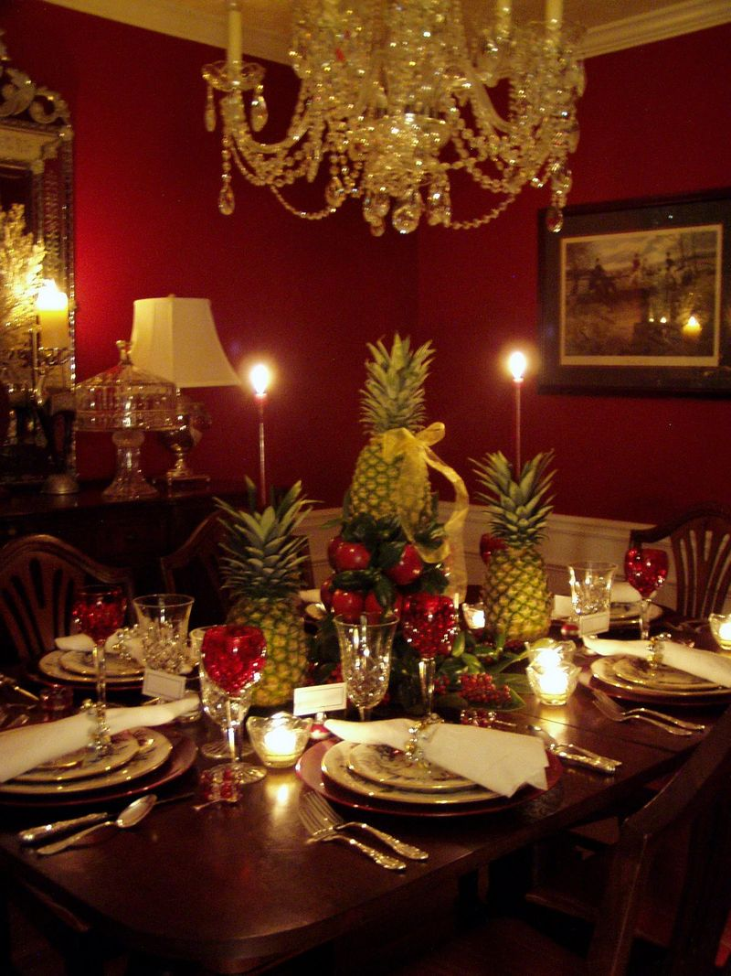 Christmas-dining-table-decorations-1200x1600-colonial-williamsburg-christmas -table-setting-with-apple-tree--urumix.com & Christmas-dining-table-decorations-1200x1600-colonial-williamsburg ...