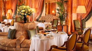 The-Dorchester-Champagne-Afternoon-Tea-on-The-Promenade-High-Res