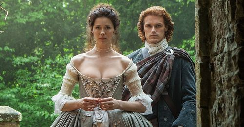 Outlander-wedding-picture